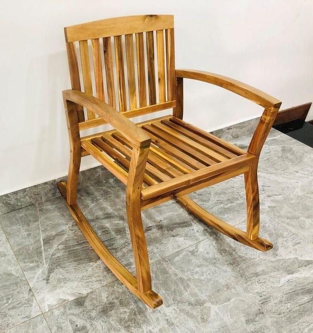 ghế bập bênh gỗ keo
