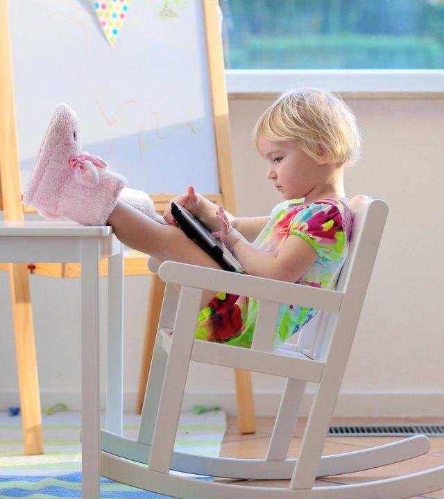 ghế bập bênh cho trẻ