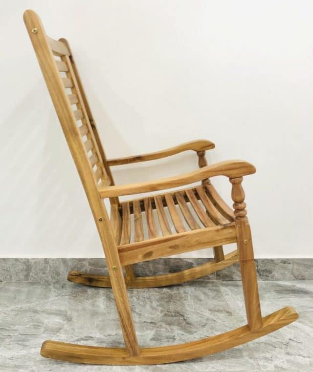 ghế bập bênh thư giãn bằng gỗ