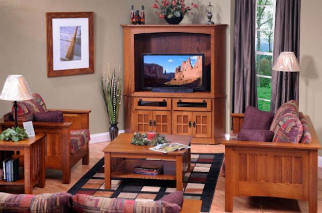 Bộ bàn ghế gỗ phòng khách phong cách cổ điển