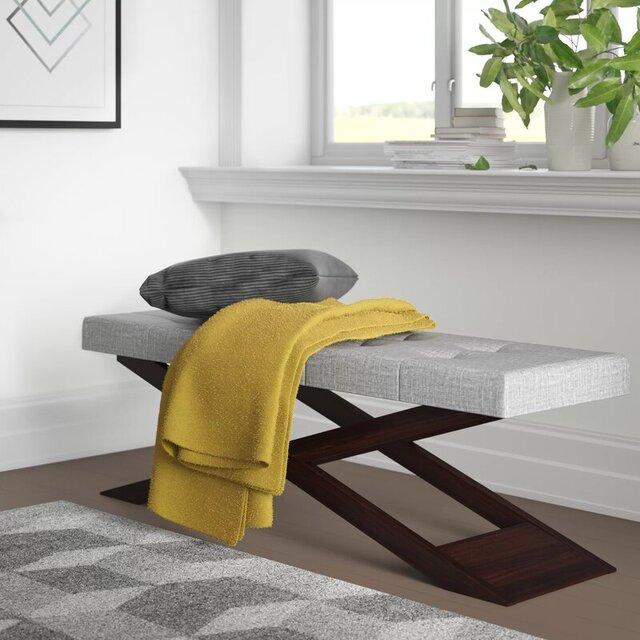 Ghế gỗ băng dài bọc nệm phong cách độc đáo