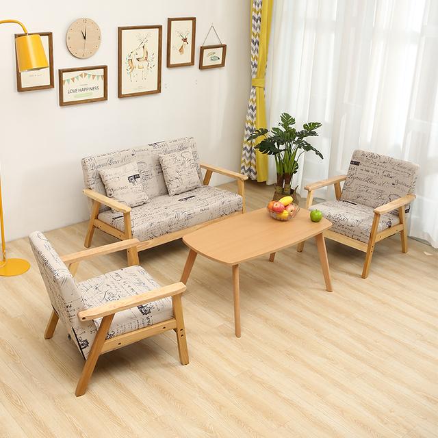 Furaka cũng nhận sản xuất bàn ghế gỗ cho phòng khách
