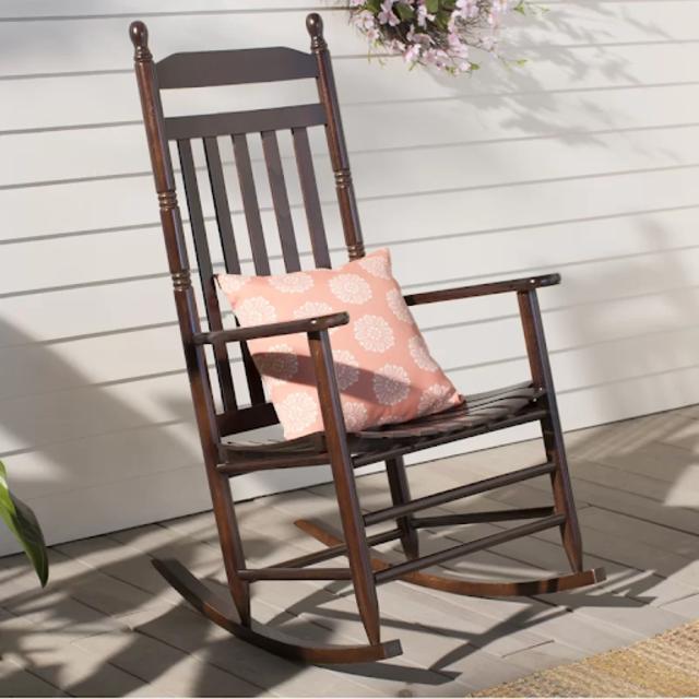 Ghế ban công có tựa lưng cao cổ điển bằng gỗ tần bì
