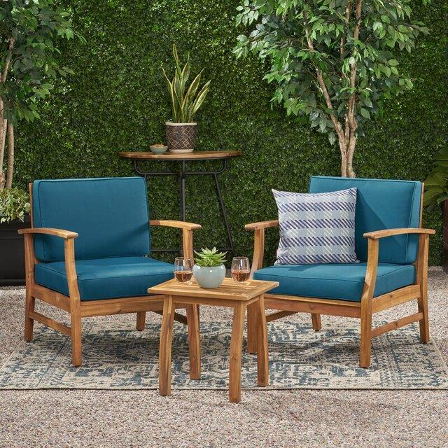 Bàn ghế sân vườn phong cách cổ điển bằng gỗ keo