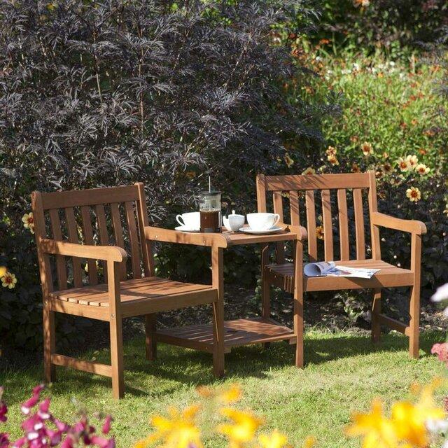 Bộ bàn ghế gỗ sân vườn màu mật ong
